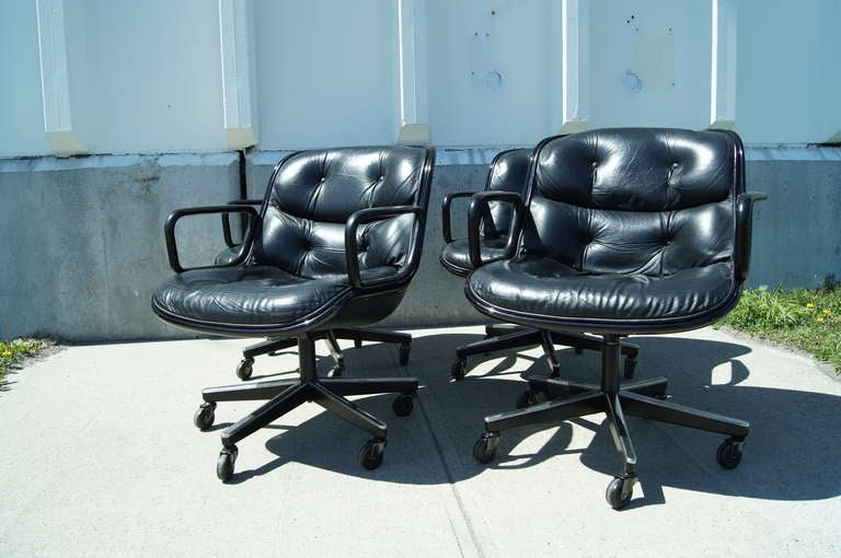 Late 20th Century Black Leather Executive Chair by Charles Pollock for Knoll For Sale