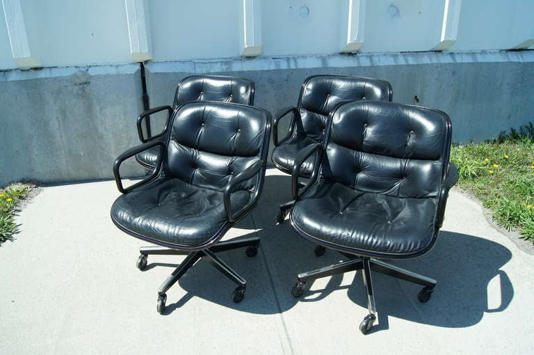 Black Leather Executive Chair by Charles Pollock for Knoll For Sale 2