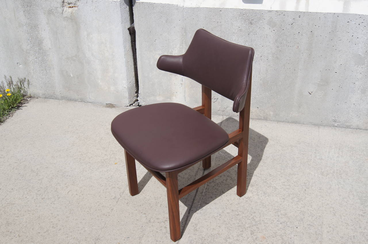 Mid-Century Modern Set of Six Leather and Walnut Dining Chairs by Edward Wormley for Dunbar