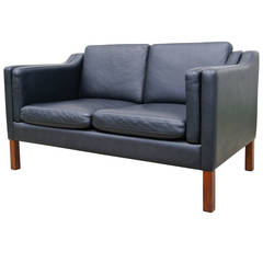 Black Leather Settee in the Style of Borge Mogensen