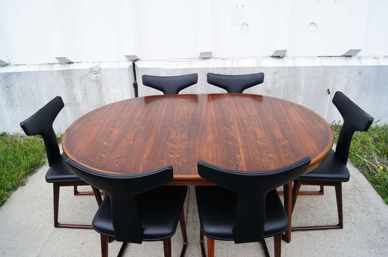 Danish Rosewood Dining Table and Six Chairs by Arne Vodder For Sale