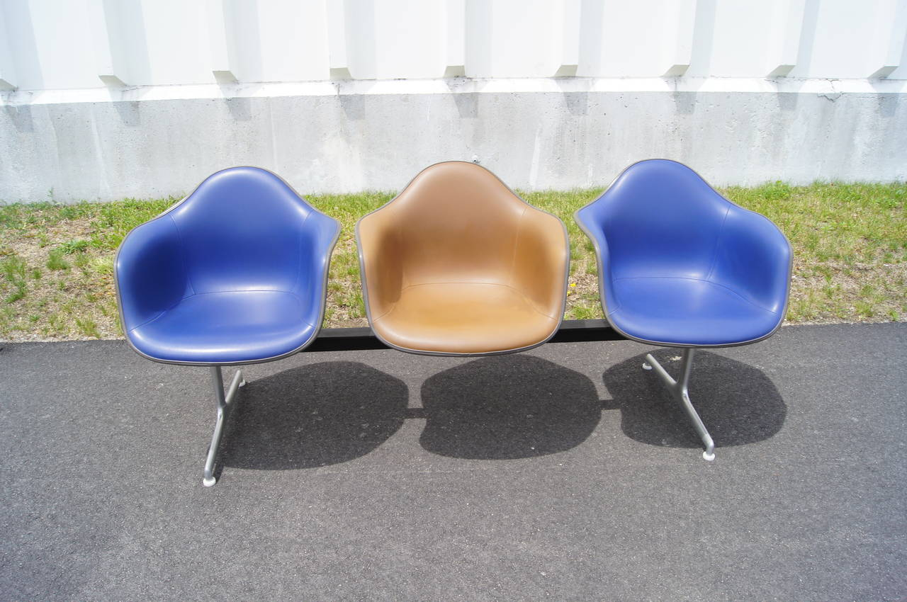 American Tandem Three-Shell Seating by Charles and Ray Eames for Herman Miller For Sale