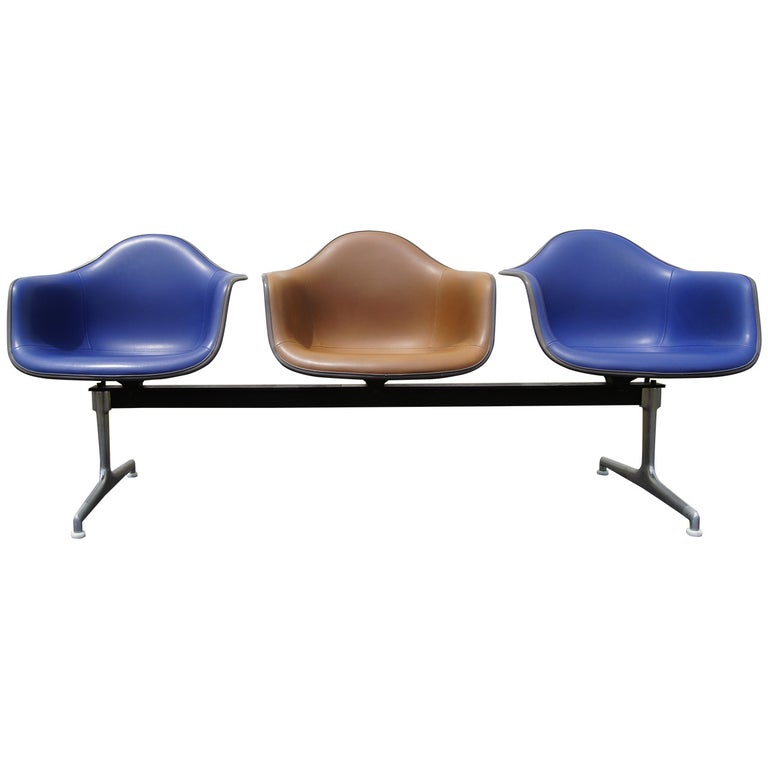 Tandem Three-Shell Seating by Charles and Ray Eames for Herman Miller For Sale