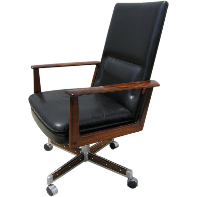 Rare Rosewood And Leather Office Desk Chair By Arne Vodder 1