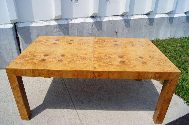 Gentil Modern Burlwood Dining Table By Milo Baughman For Thayer Coggin For Sale