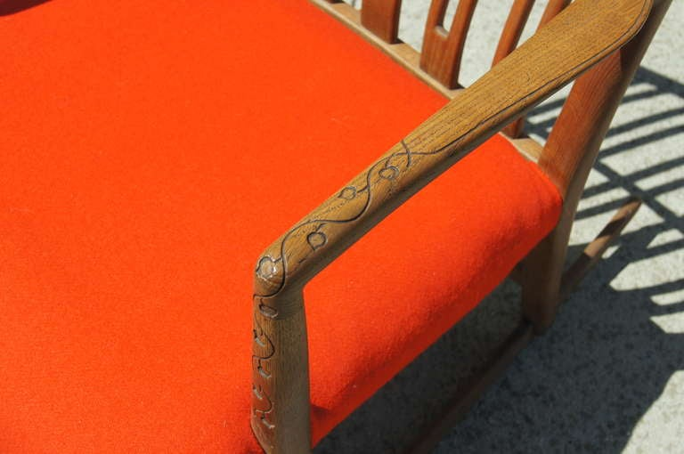Danish Early ML-33 Oak Rocking Chair with Carvings by Hans Wegner for Mikael Laursen For Sale