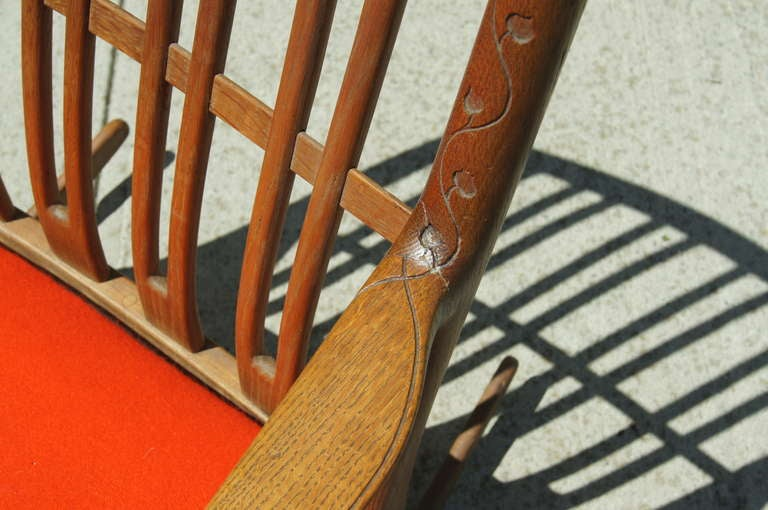 Early ML-33 Oak Rocking Chair with Carvings by Hans Wegner for Mikael Laursen For Sale 2