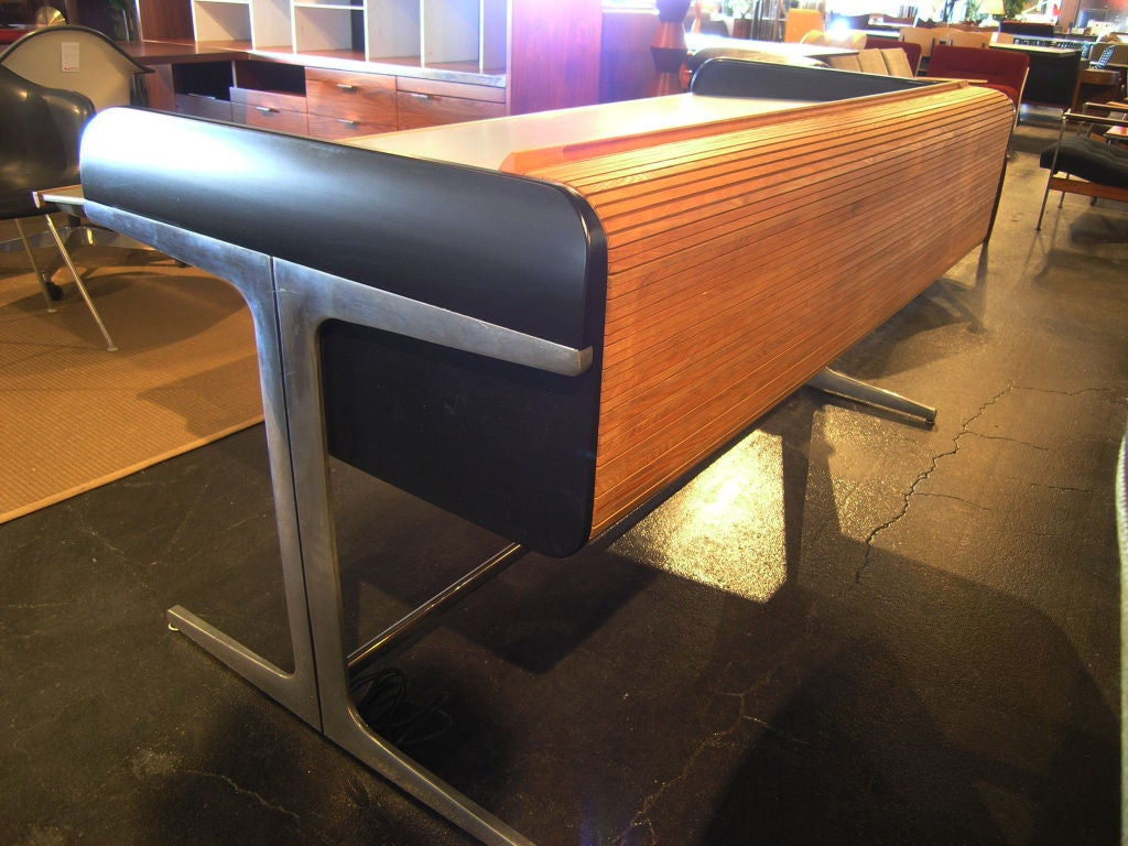 Action Office Roll Top Desk by George Nelson for Herman Miller 5
