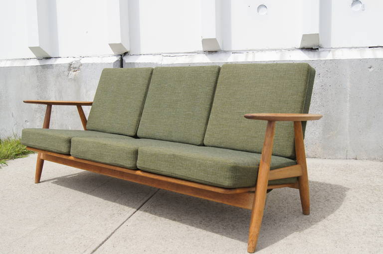 Awesome GE 140 Sofa By Hans Wegner For Getama 2