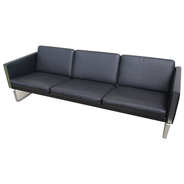 Pleasing Ch103 Leather Sofa By Hans Wegner For Carl Hansen Son Evergreenethics Interior Chair Design Evergreenethicsorg