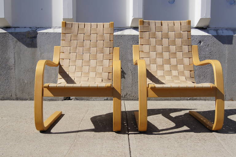 Pair Of Lounge Chairs 406 By Alvar Aalto For Artek At 1stdibs