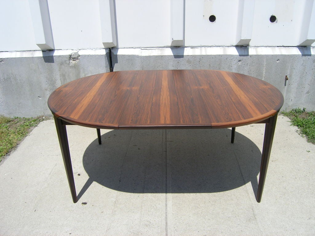 Rosewood Dining Table and 6 Chairs by Poul Hundevad image 8