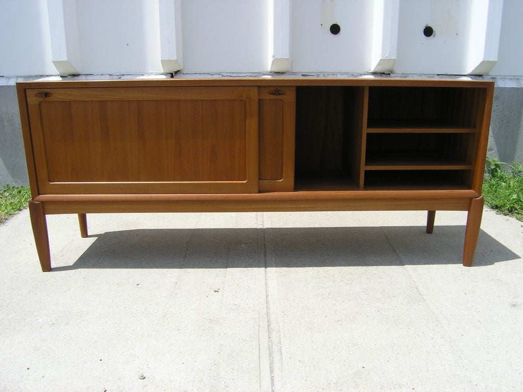 large danish teak sideboard by h w klein for mobler at 1stdibs. Black Bedroom Furniture Sets. Home Design Ideas