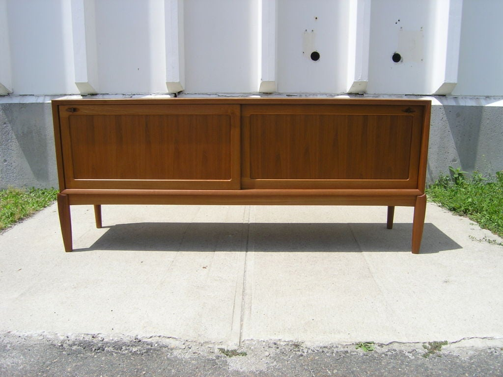 large danish teak sideboard by h w klein for mobler at. Black Bedroom Furniture Sets. Home Design Ideas