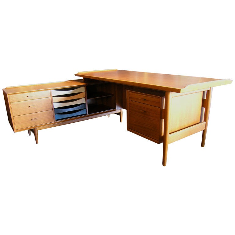 l shaped desk and credenza by arne vodder for sibast at 1std