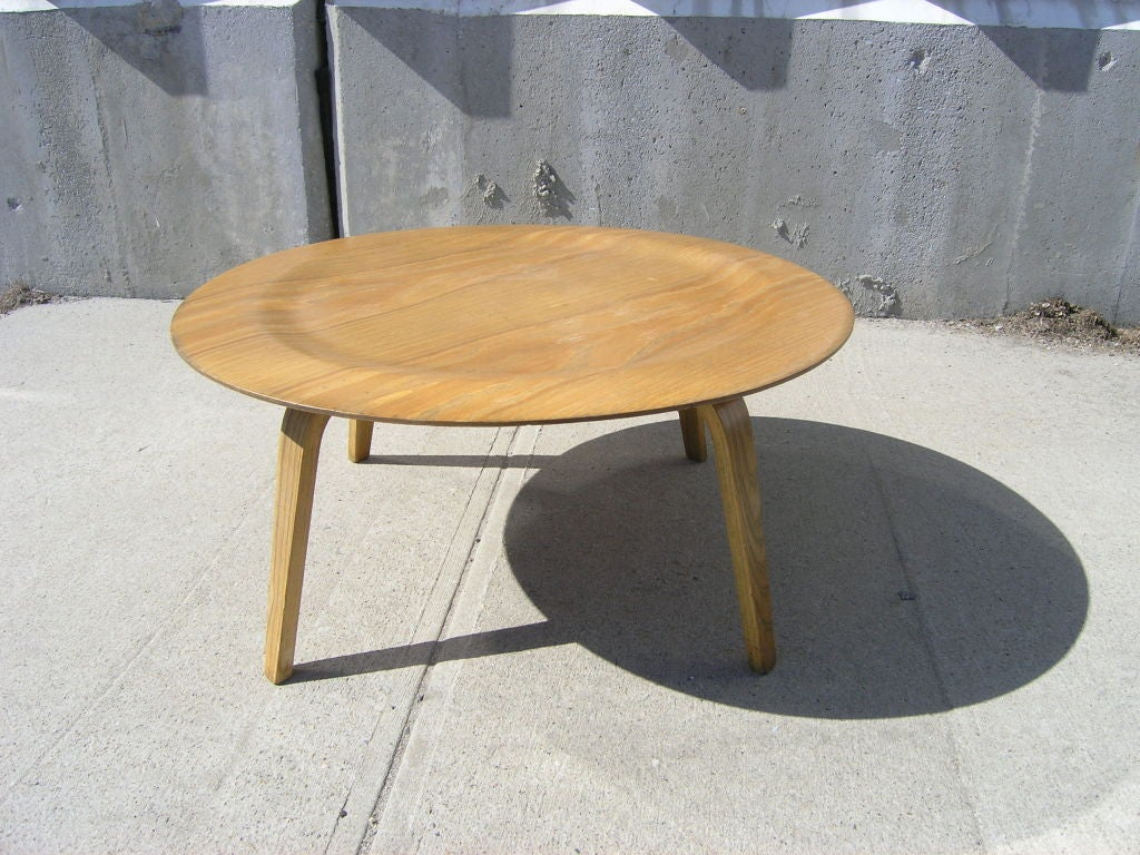 Molded Plywood Ctw Coffee Table By Eames For Herman Miller For Sale At 1stdibs