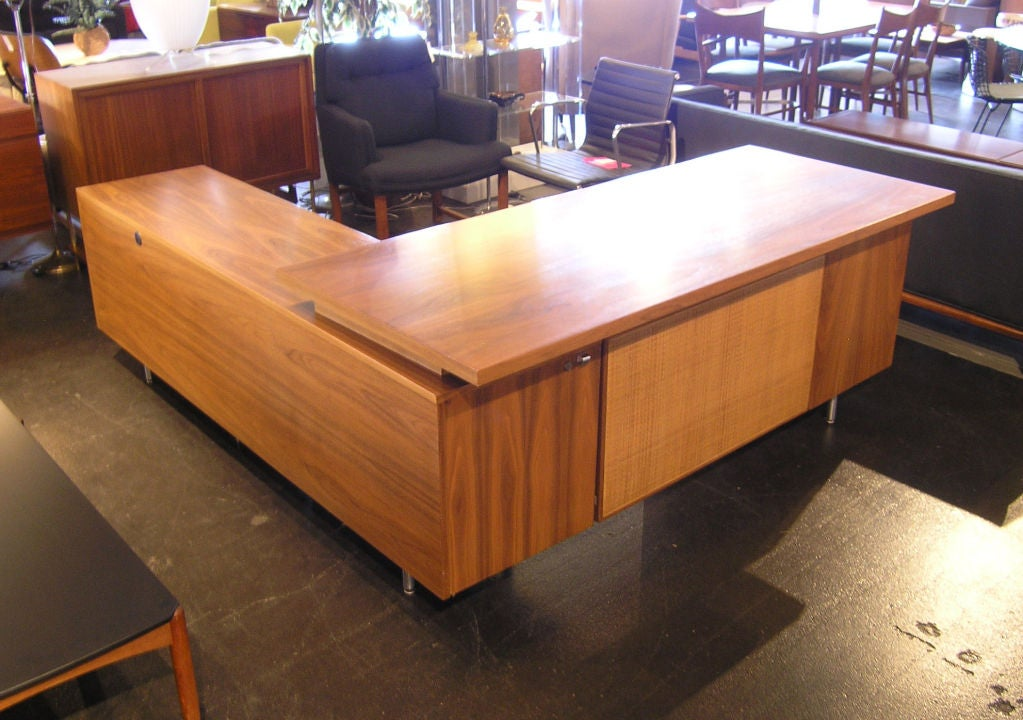 L Shaped Desk by George Nelson for Herman Miller 2