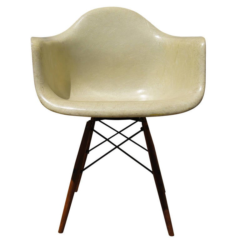paw dowel leg fiberglass swivel armchair by eames for herman miller 1