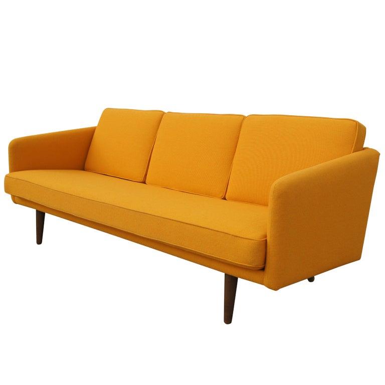 3 seater bank seat sofa by hans wegner at 1stdibs. Black Bedroom Furniture Sets. Home Design Ideas