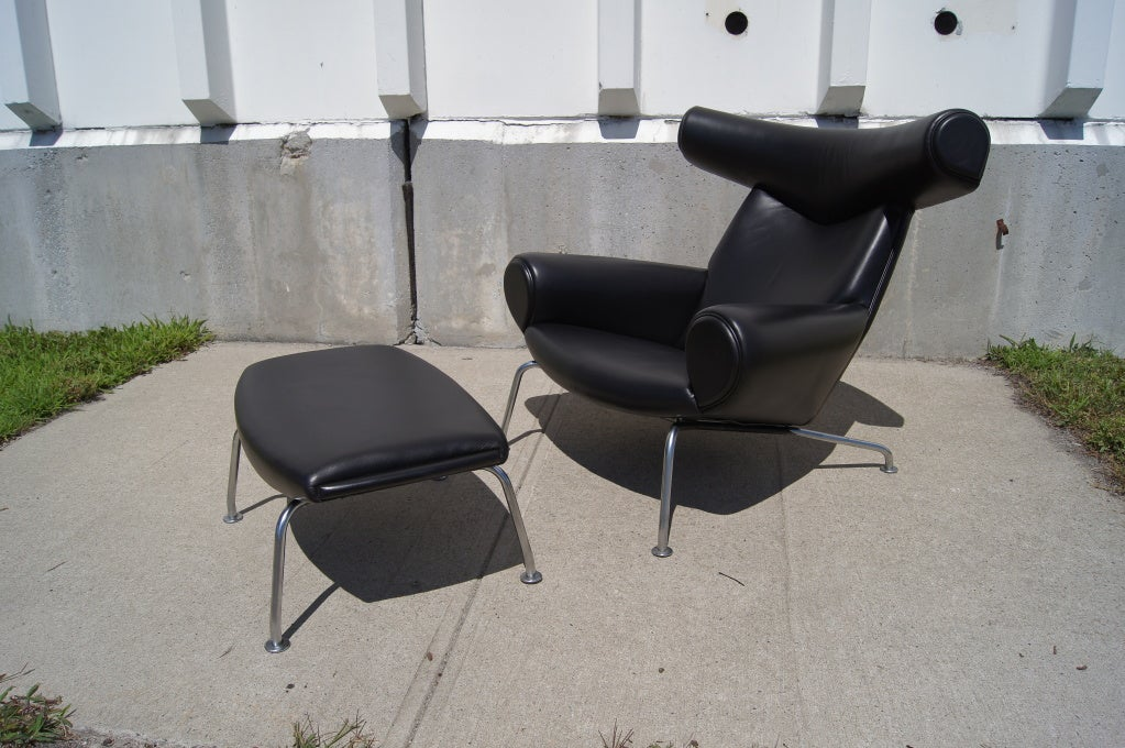 ox chair and ottoman by hans wegner at 1stdibs. Black Bedroom Furniture Sets. Home Design Ideas