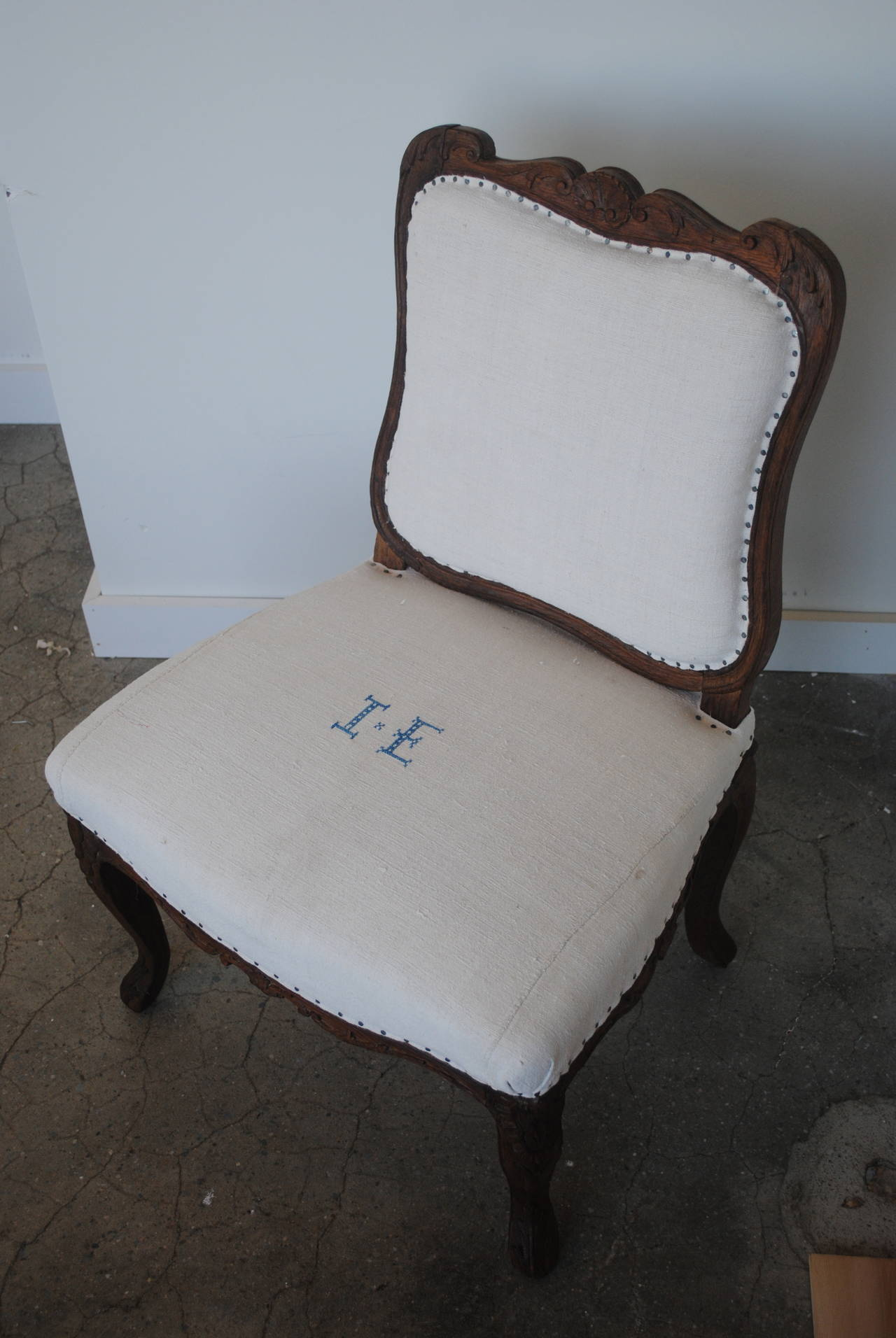 Pair of 19th Century Chestnut Slipper Chairs 3