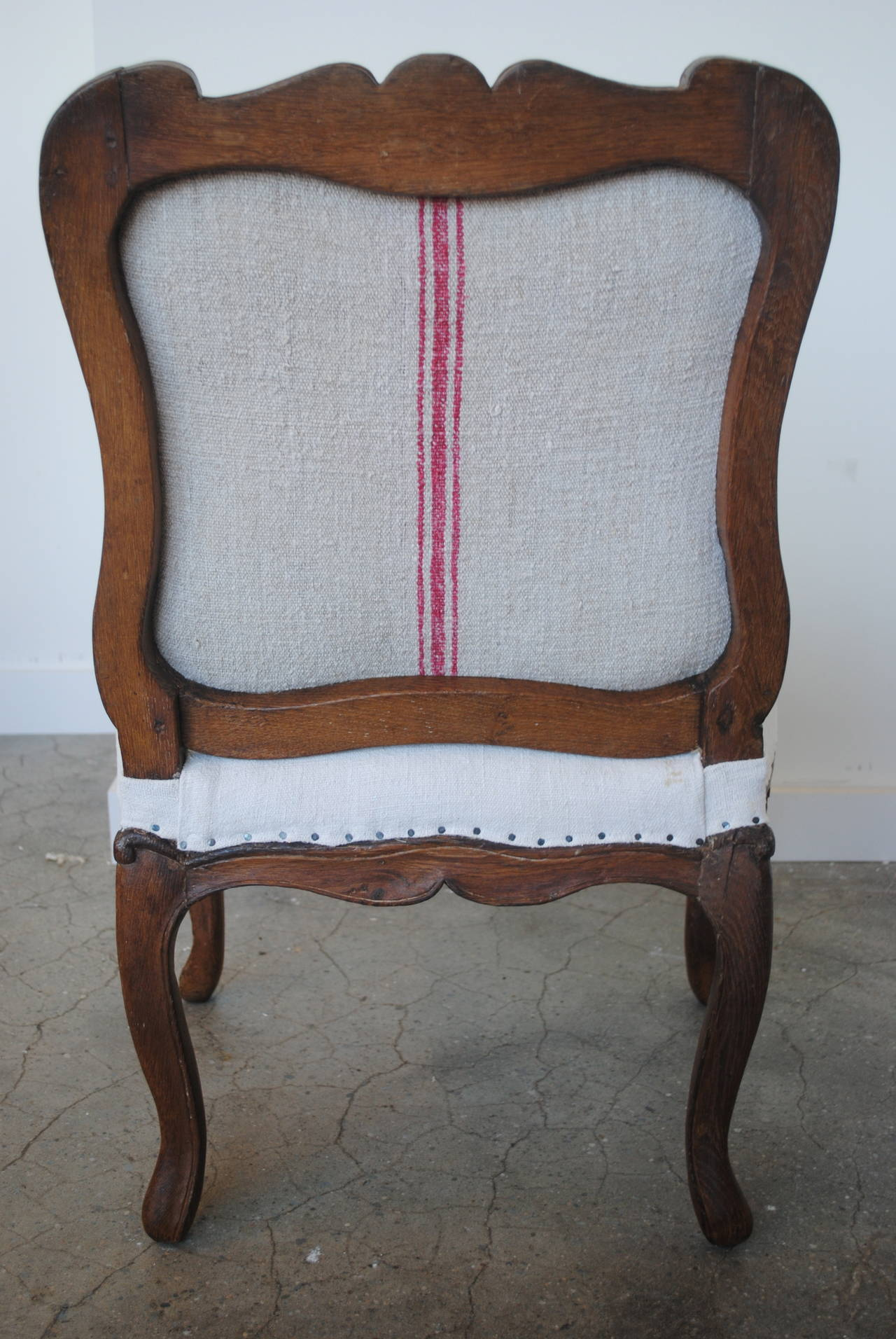 Pair of 19th Century Chestnut Slipper Chairs 10