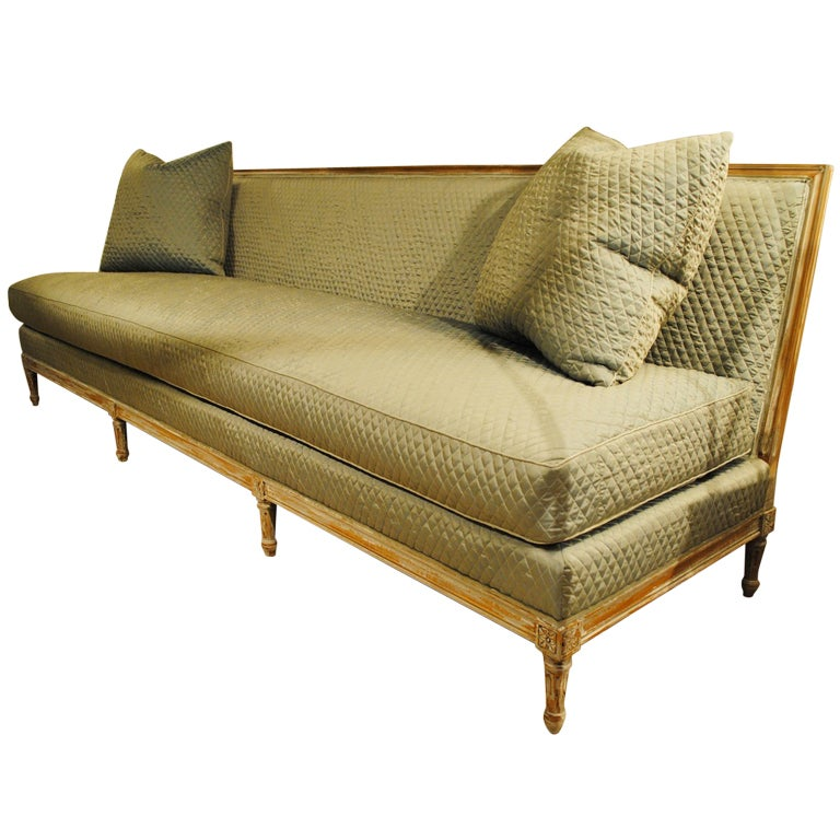 custom louis xvi style banquette for sale at 1stdibs. Black Bedroom Furniture Sets. Home Design Ideas