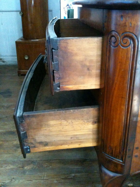 French 19th Century Louis XV Style Commode For Sale