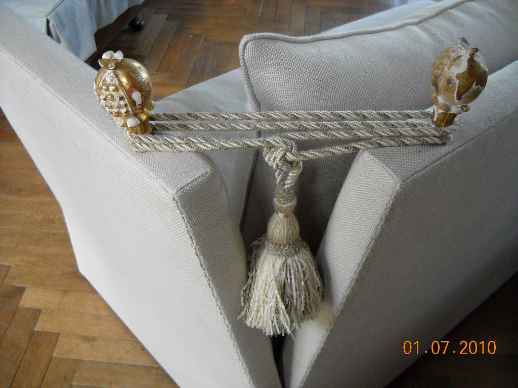 18th Century and Earlier Knole Sofa