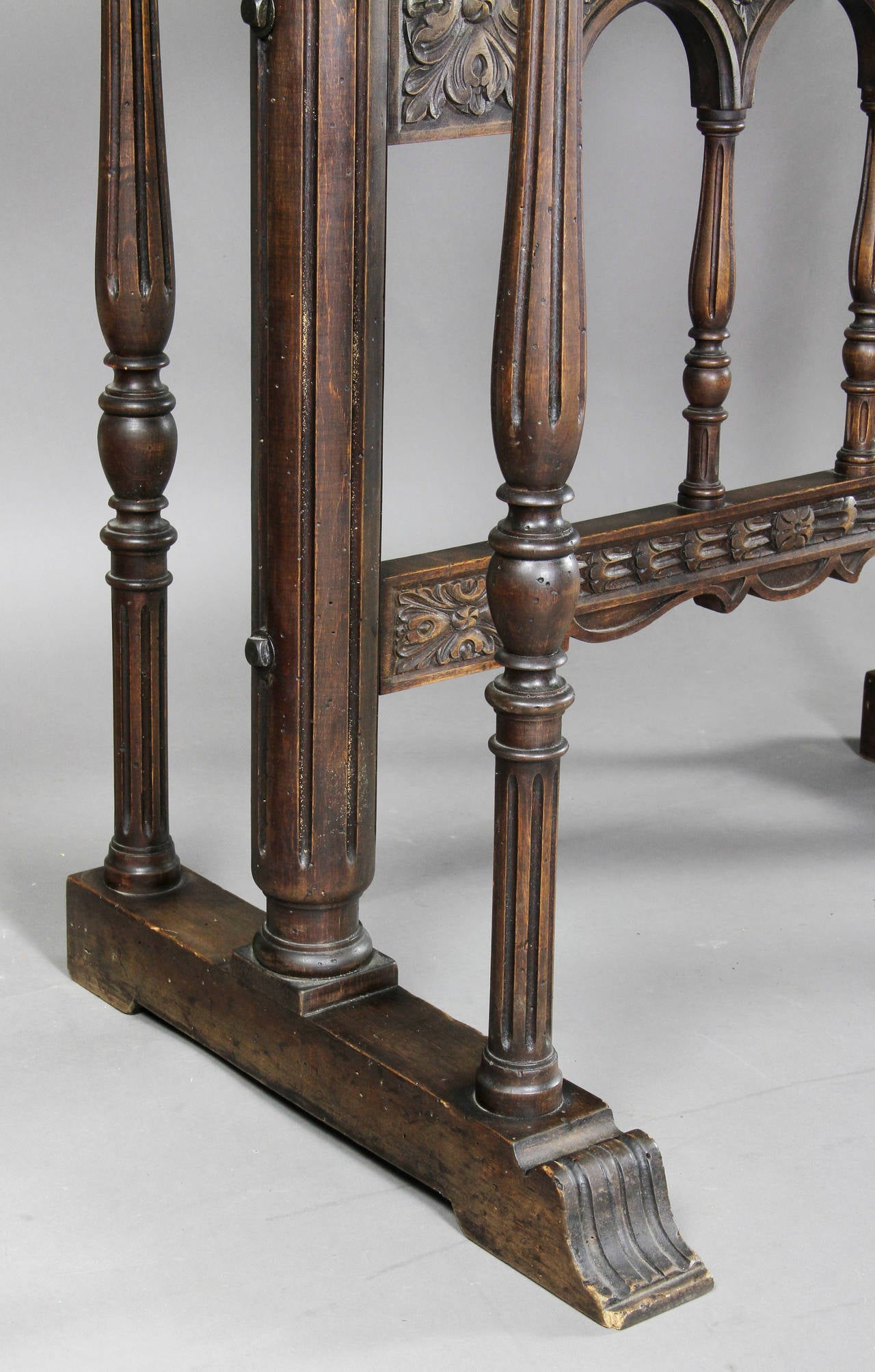Spanish Baroque Giltwood and Bone Inlaid Vargueno For Sale 1