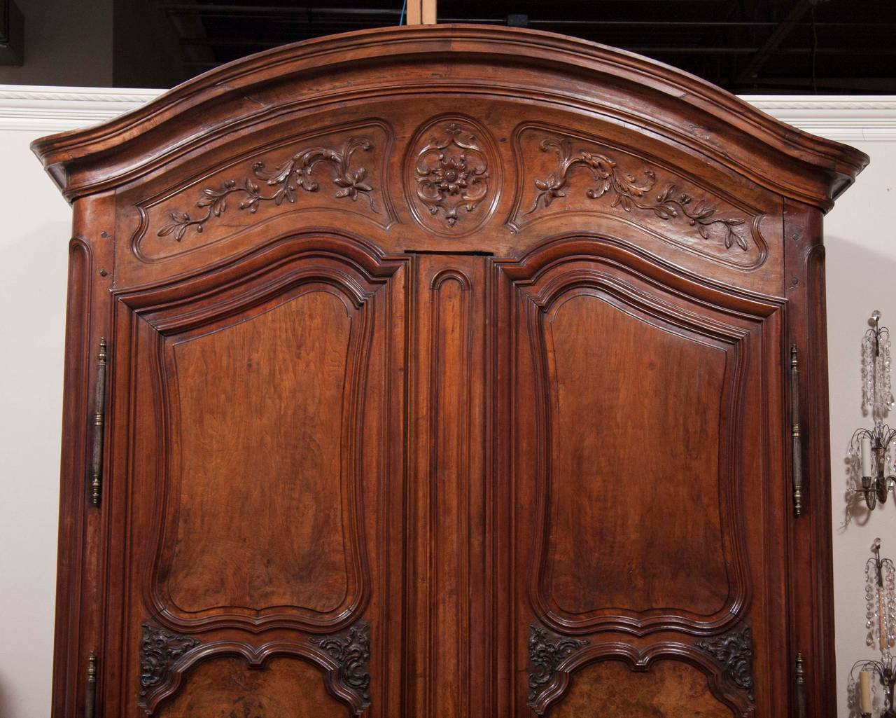 fine louis xv walnut armoire at 1stdibs. Black Bedroom Furniture Sets. Home Design Ideas