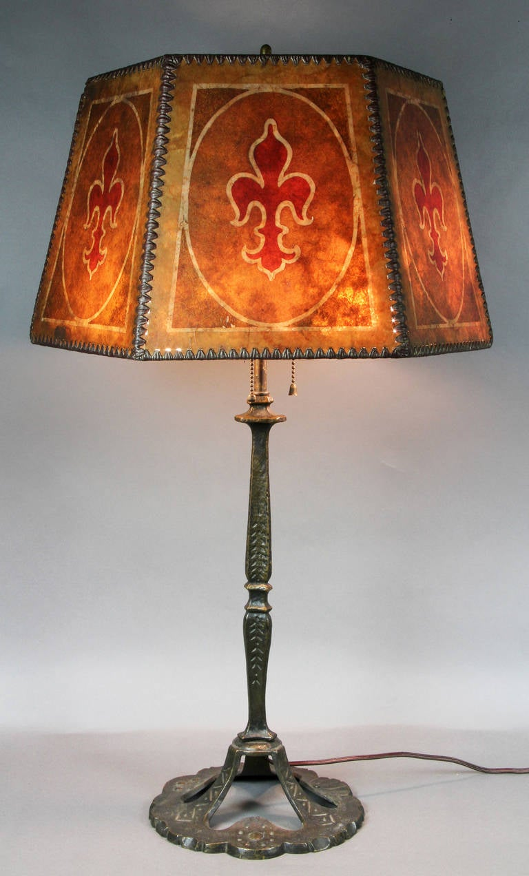 arts and crafts bronze and mica shade table lamp at 1stdibs. Black Bedroom Furniture Sets. Home Design Ideas