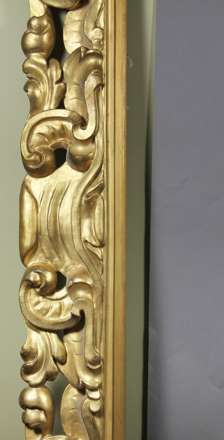 Large italian baroque style giltwood frame at 1stdibs for Italian baroque interior design