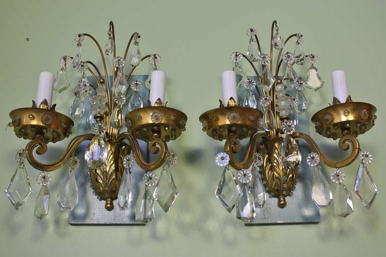 Neoclassical Revival Pair of Gilt-Bronze and Crystal Sconces by Maison Baguès For Sale