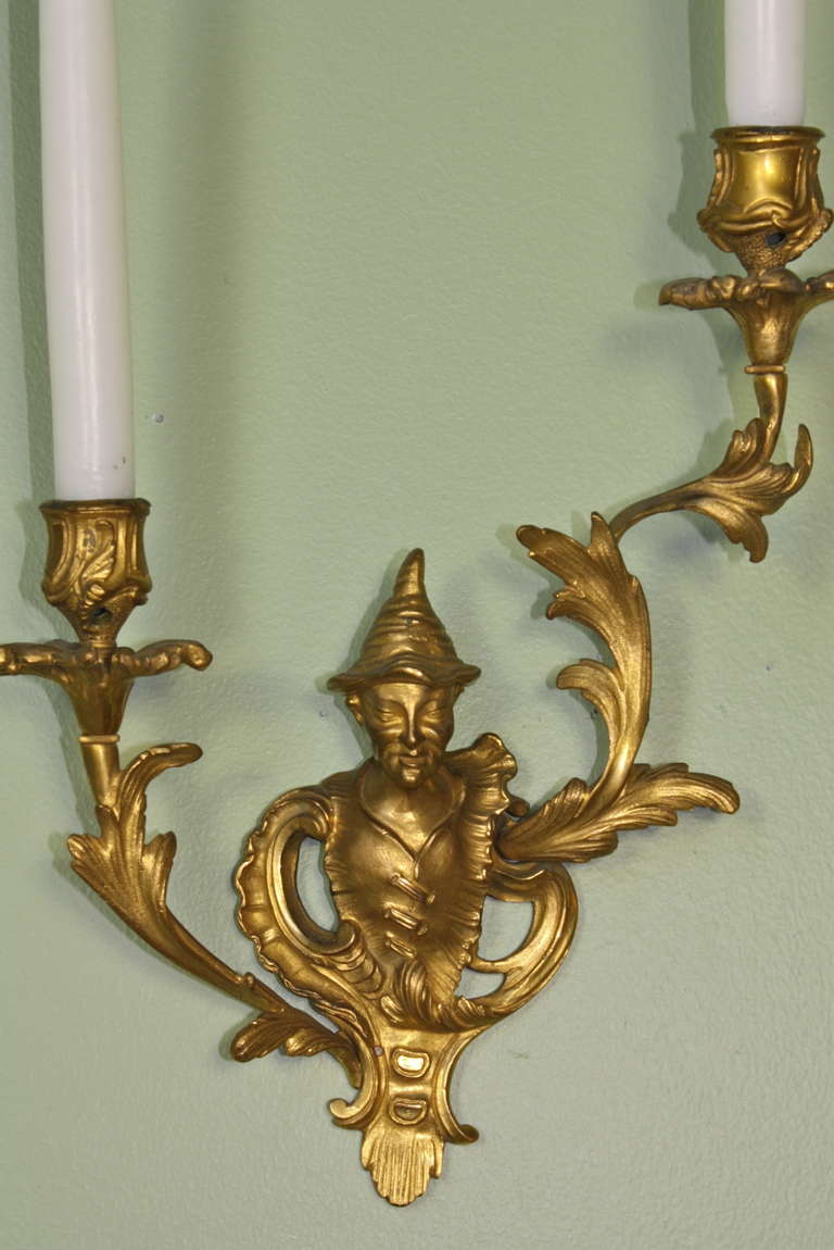 Rococo Pair of French Chinoiserie Style Gilt Bronze Sconces For Sale