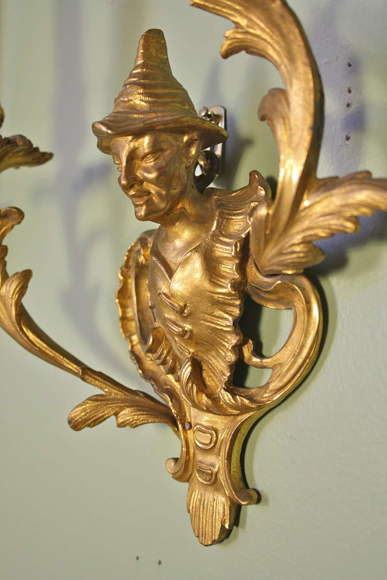 Pair of French Chinoiserie Style Gilt Bronze Sconces For Sale 1