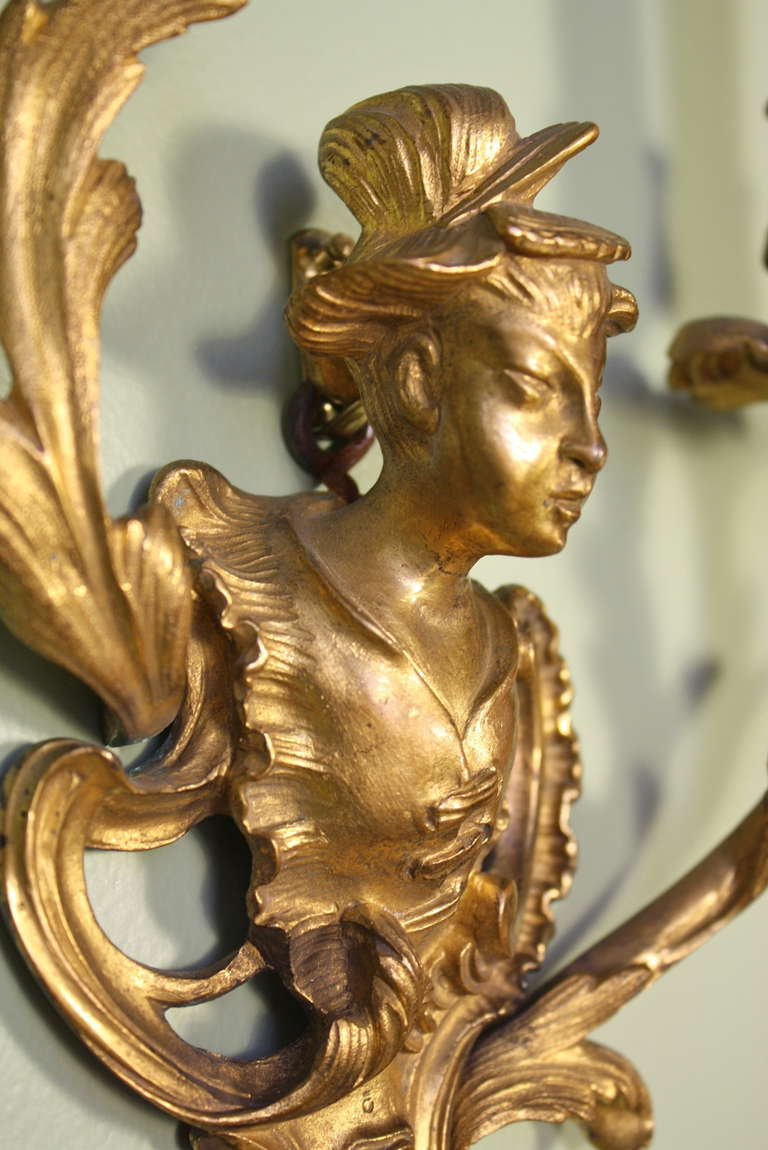 19th Century Pair of French Chinoiserie Style Gilt Bronze Sconces For Sale
