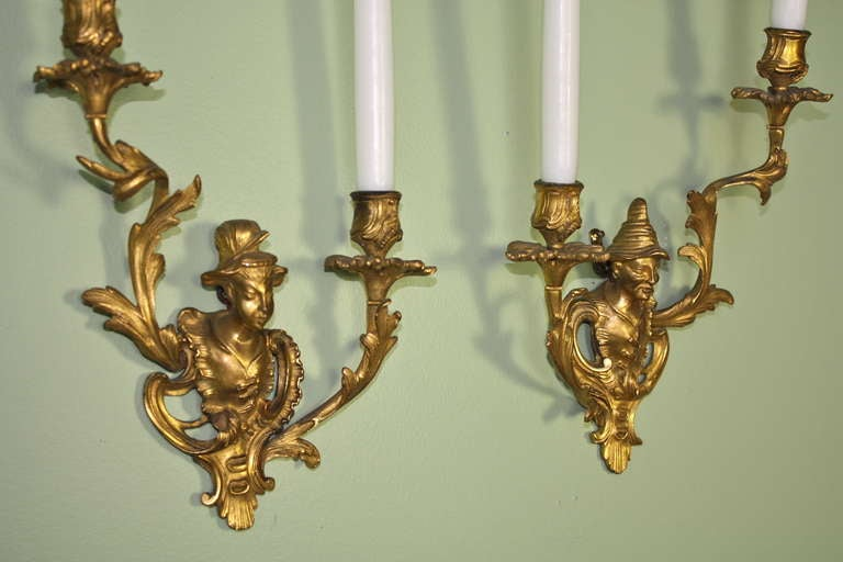 Pair of French Chinoiserie Style Gilt Bronze Sconces For Sale 2