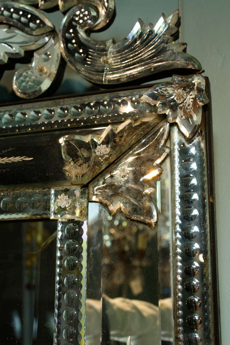 Venetian Pareclose Mirror with Bevelled Glass 8