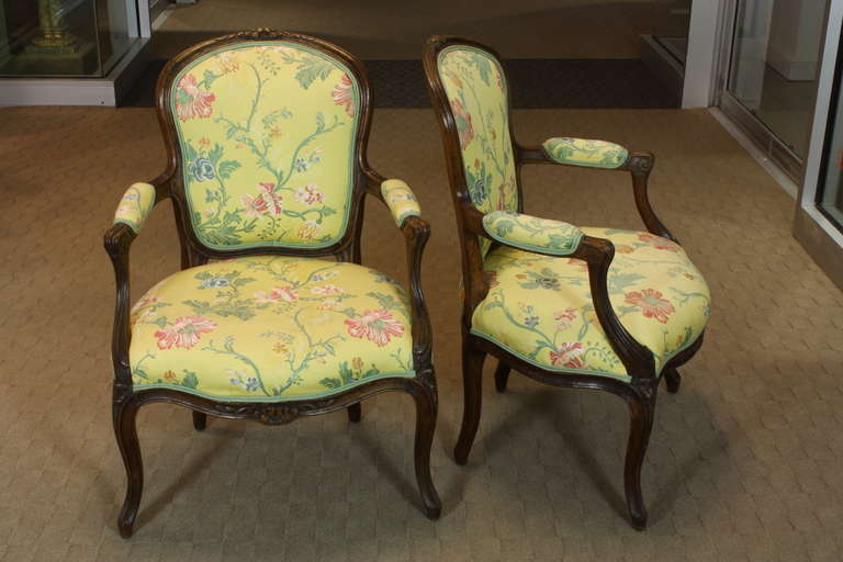 Joinery Pair of French Louis XV Period Fauteuils For Sale