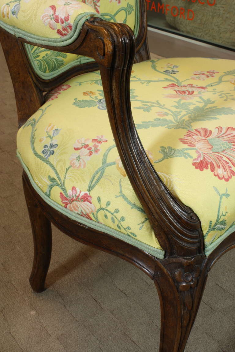 Pair of French Louis XV Period Fauteuils For Sale 1