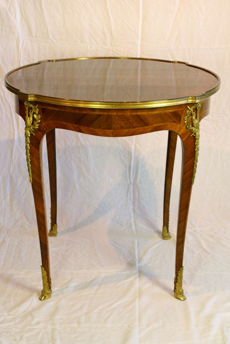 french louis xv style gueridon table at 1stdibs. Black Bedroom Furniture Sets. Home Design Ideas