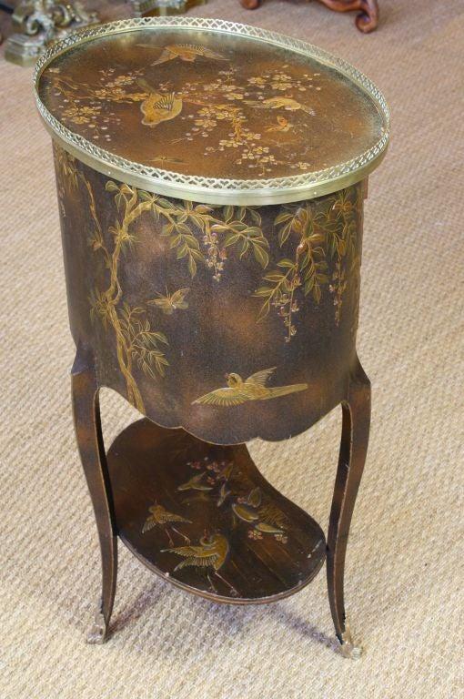 French Napoleon III Painted Side Table 3