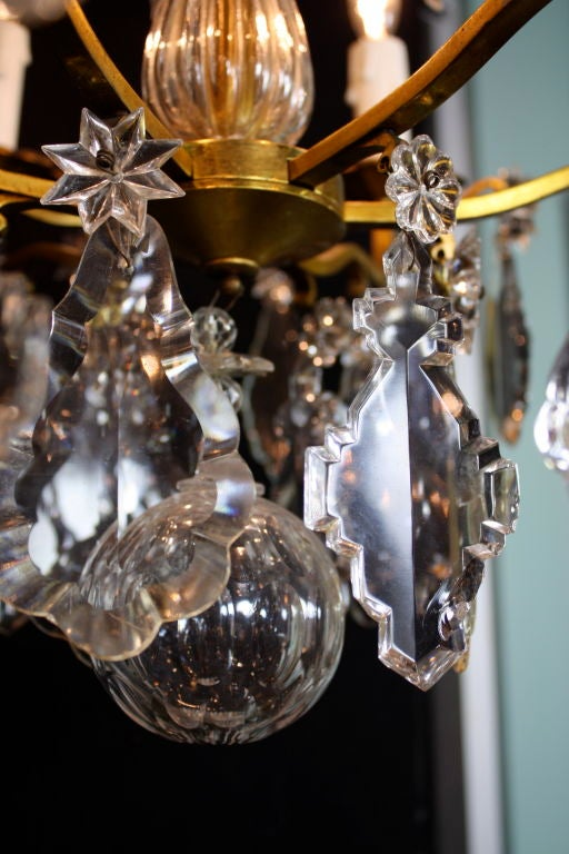 French Gilt-Bronze Chandelier with Exceptional Crystals For Sale 6