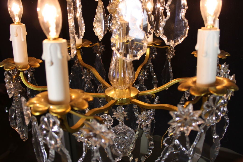 French Gilt-Bronze Chandelier with Exceptional Crystals For Sale 2