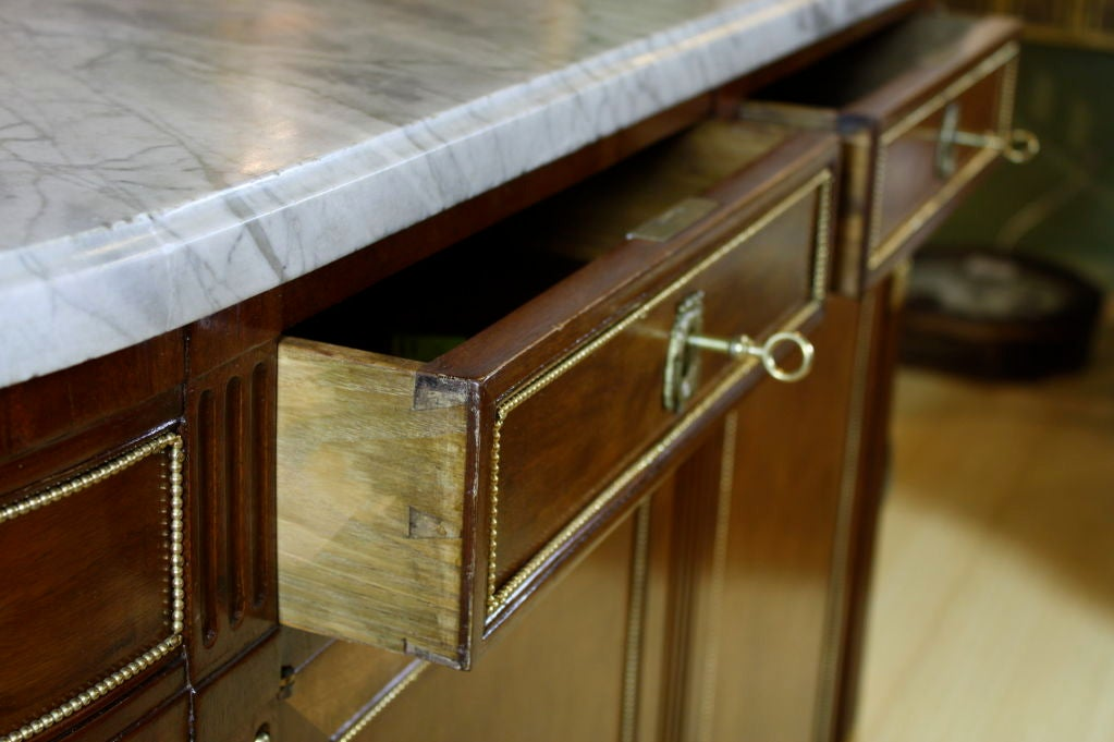 French Louis XVI Style Mahogany Buffet with Grey Marble Top For Sale 2