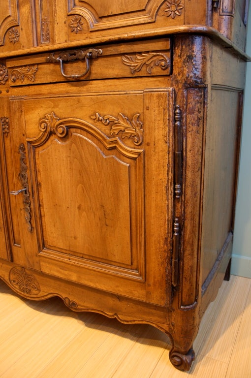 Walnut Louis XV Period Buffet à Deux Corps For Sale