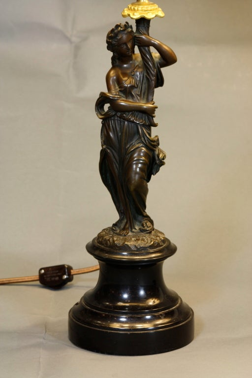 Pair of French Ormolu and Patinated Bronze Caryatid Lamps For Sale 3