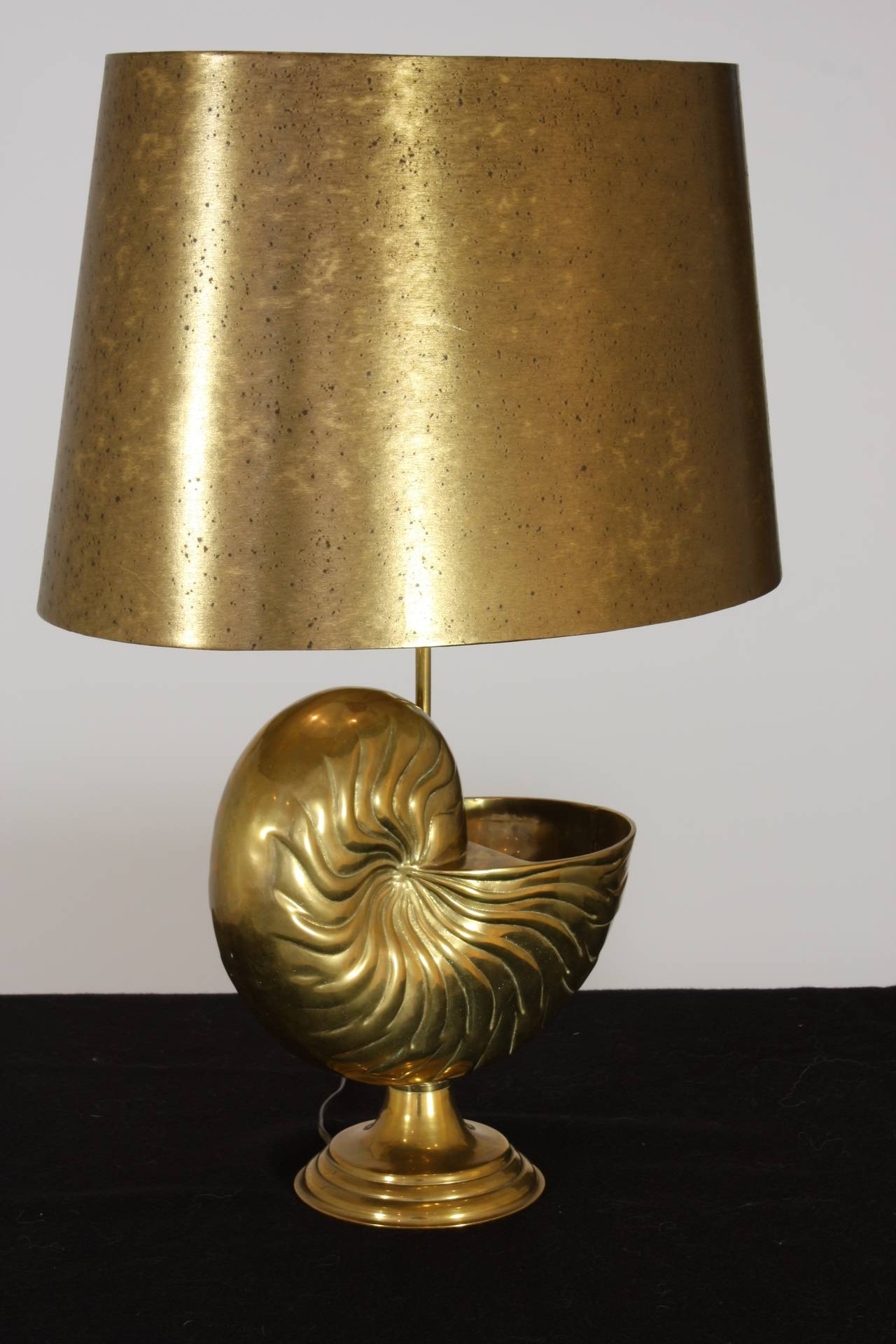 20th Century French Bronze Nautilus Shell Lamp in the Style of Maison Charles For Sale