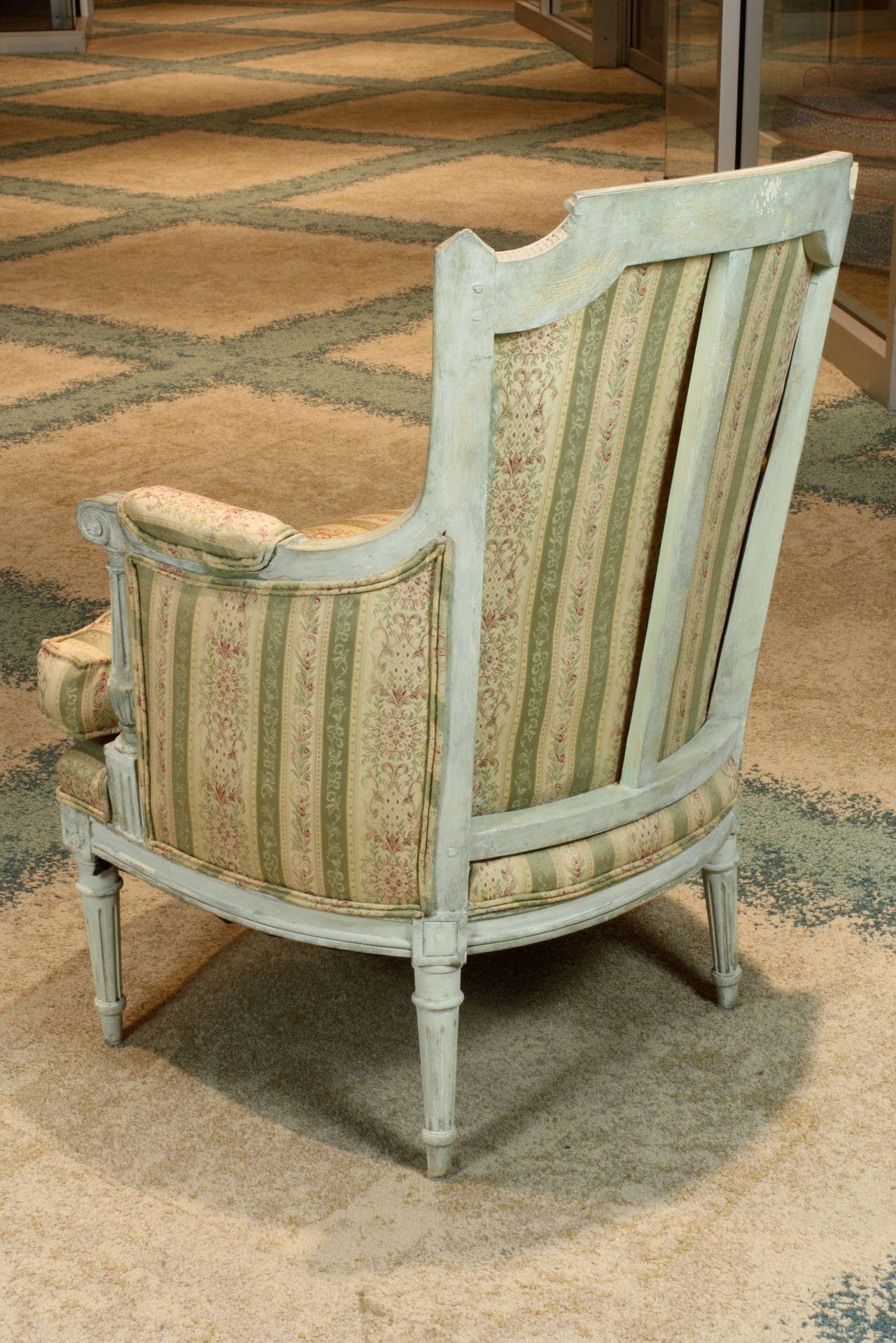 19th Century Pair of French Louis XVI Style Painted Bergeres